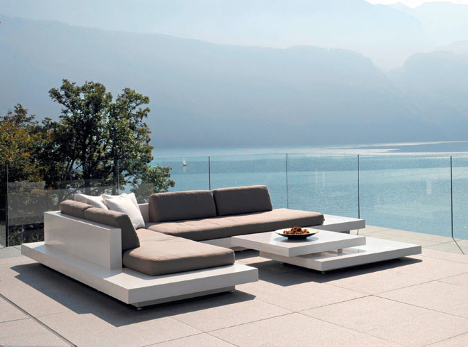 Rausch platform for Club piscine outdoor furniture